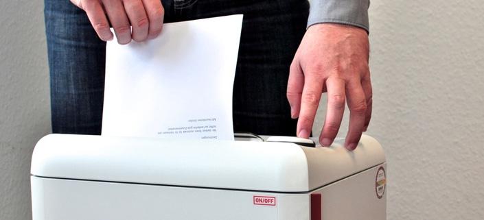 Digitale Personalakte: Vertragsdokumente nicht vorschnell in den Schredder schieben